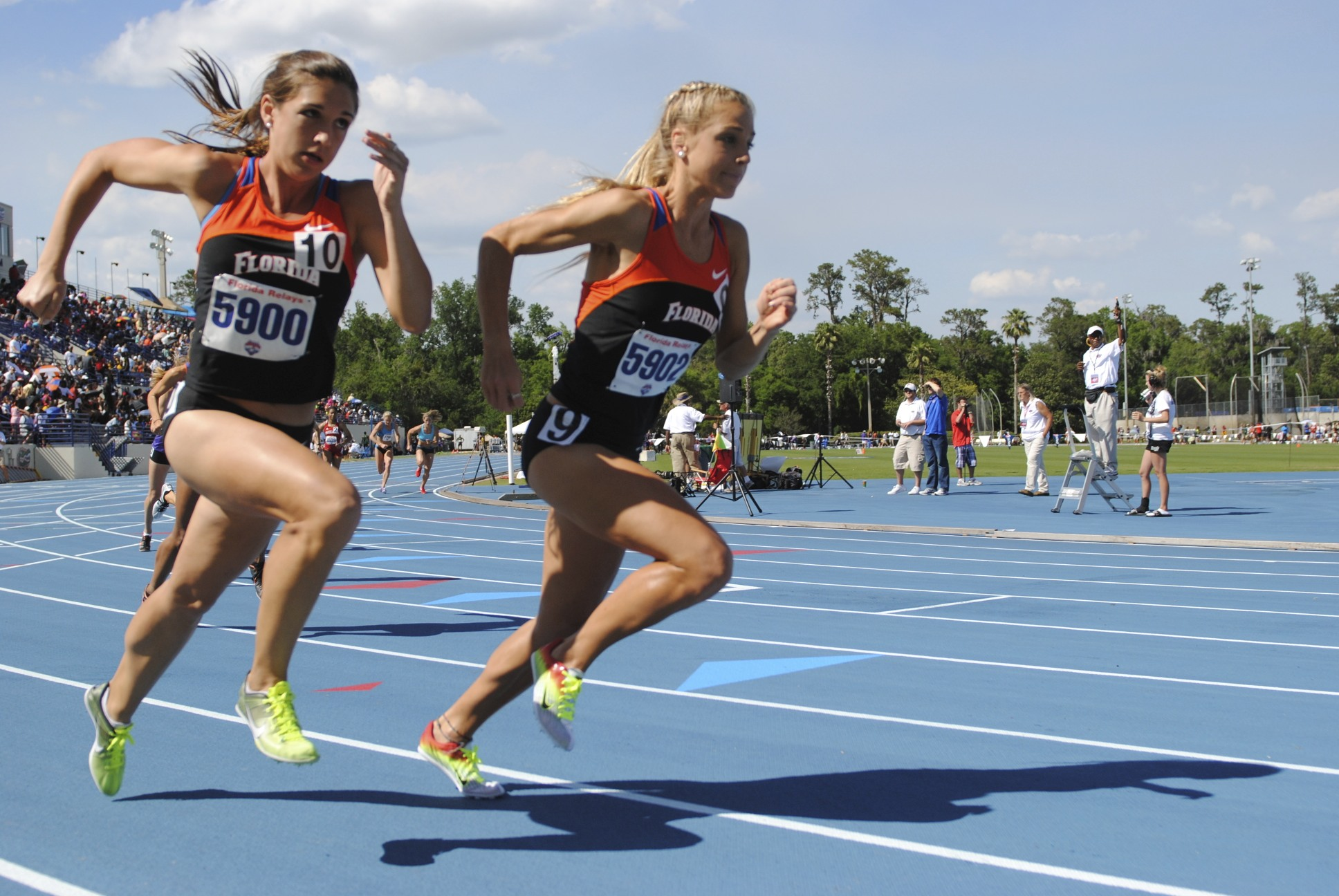 Shelby Hayes and Genevieve LaCaze at the start of the 800 meter run.
