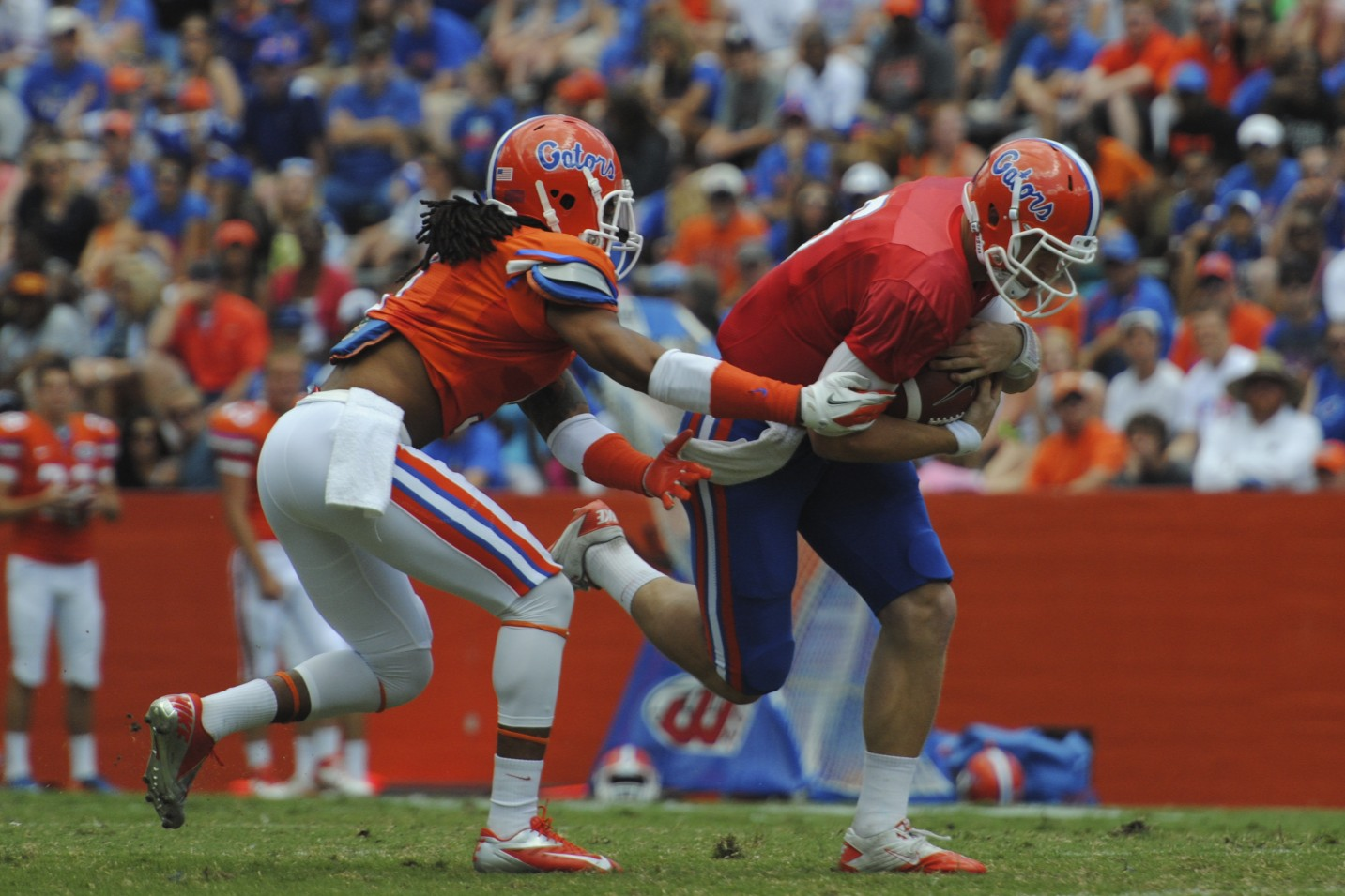 Quarterback Jeff Driskel runs the ball