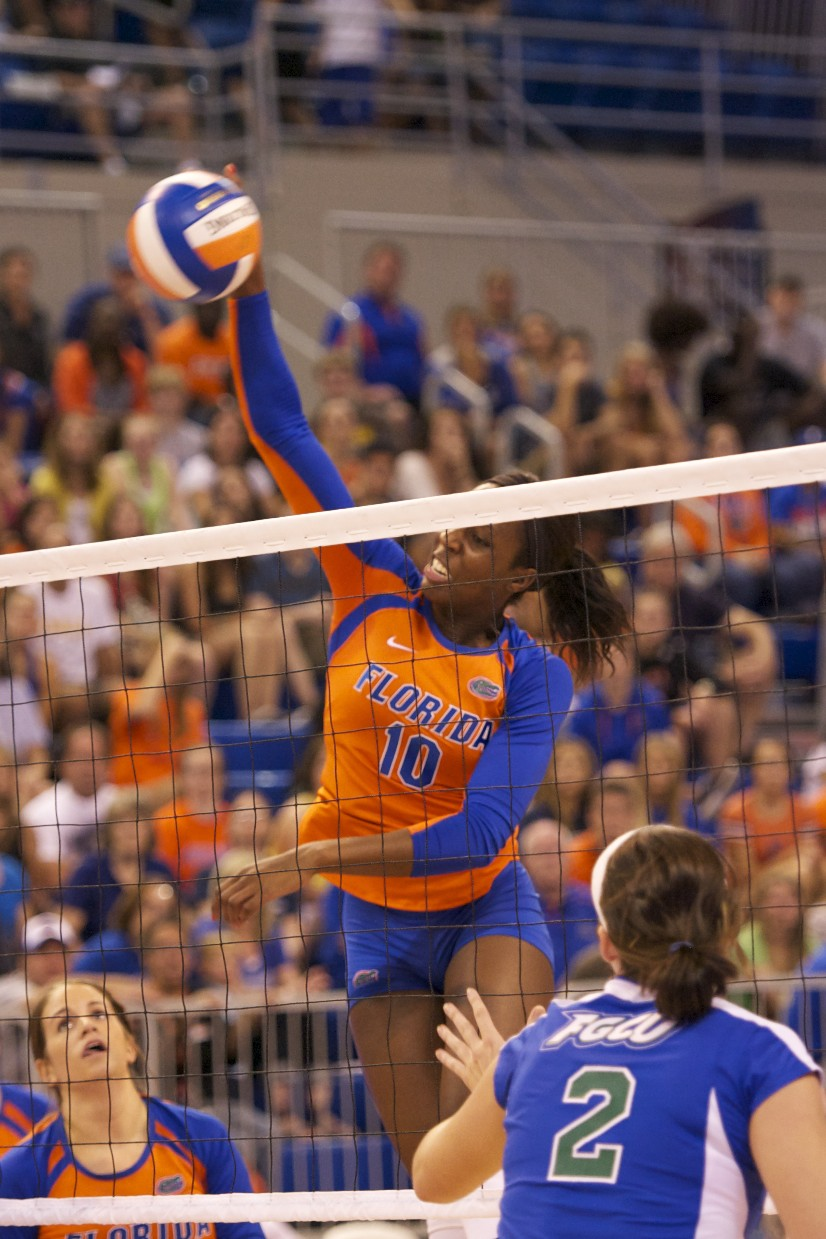 Junior Chloe Mann had 16 kills for the Florida Gators Saturday evening.