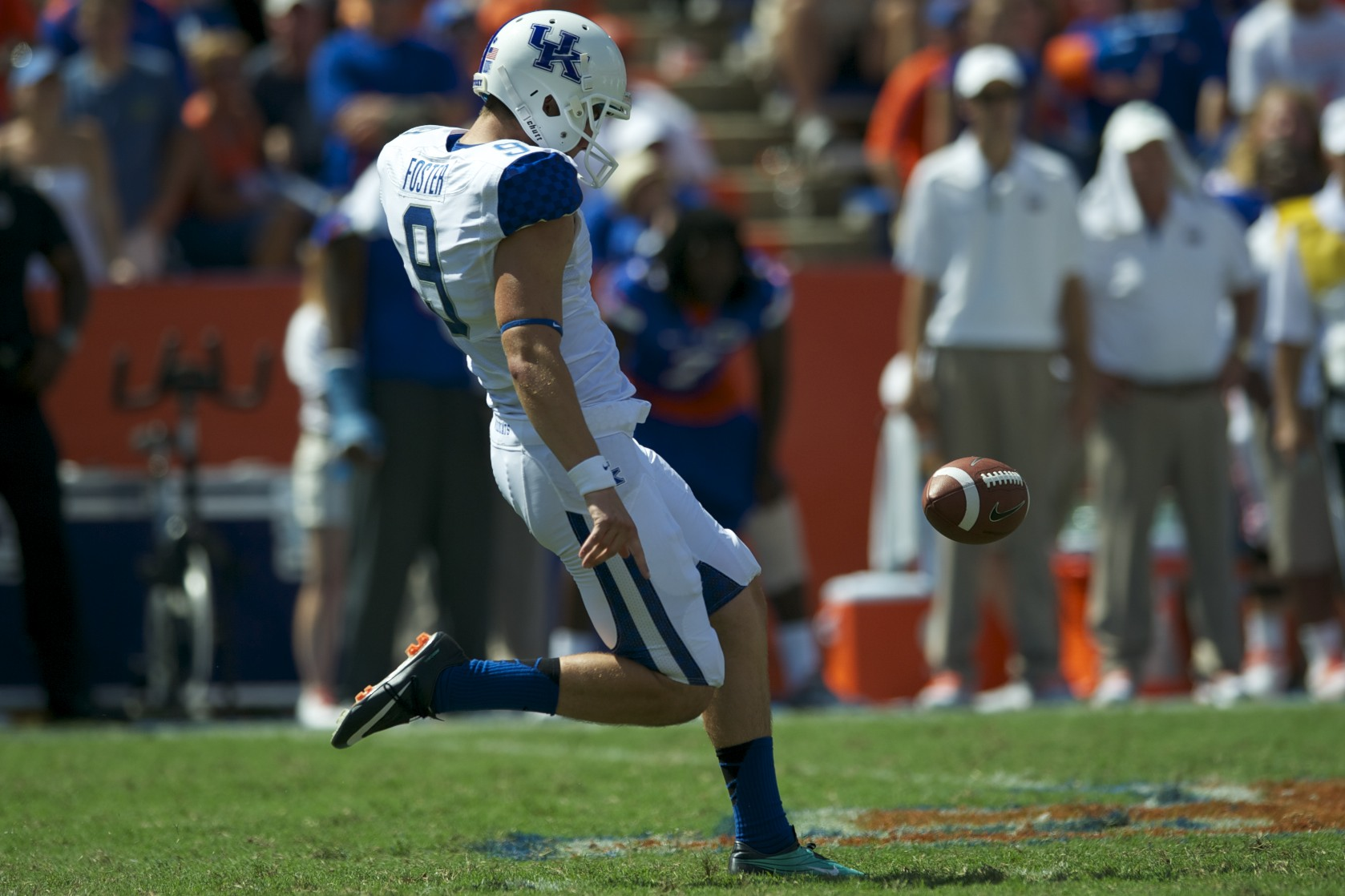 Kicker Landon Foster of the Kentucky Wildcats