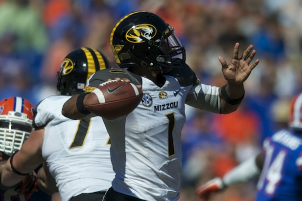 Missouri quarterback James Franklin (1)