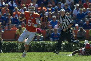 Quarterback Jeff Driskel (6)