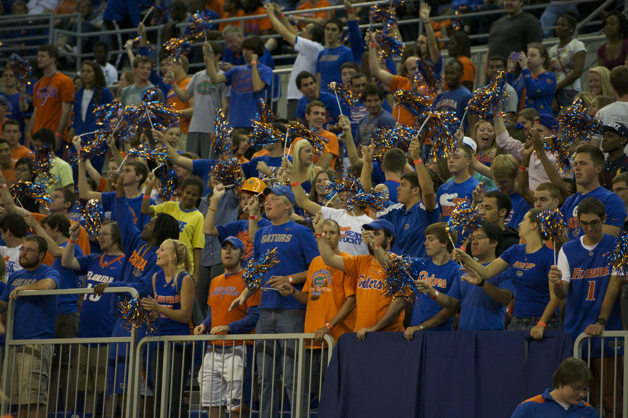 Florida fans came to cheer on the Men's Basketball Team on Sunday afternoon.