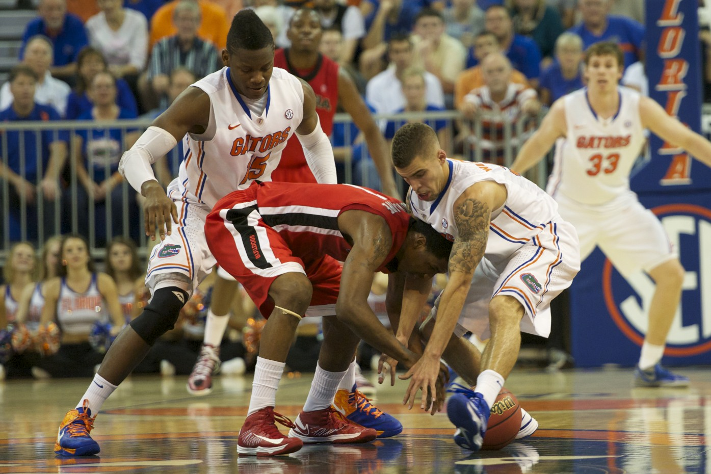 Florida's Scottie Wilbekin (5) gets a steal for the Gators in the first half Wednesday night.