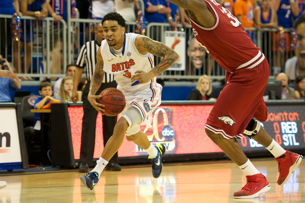 Mike Rosario (3) had 15 points for the Gators Saturday night.