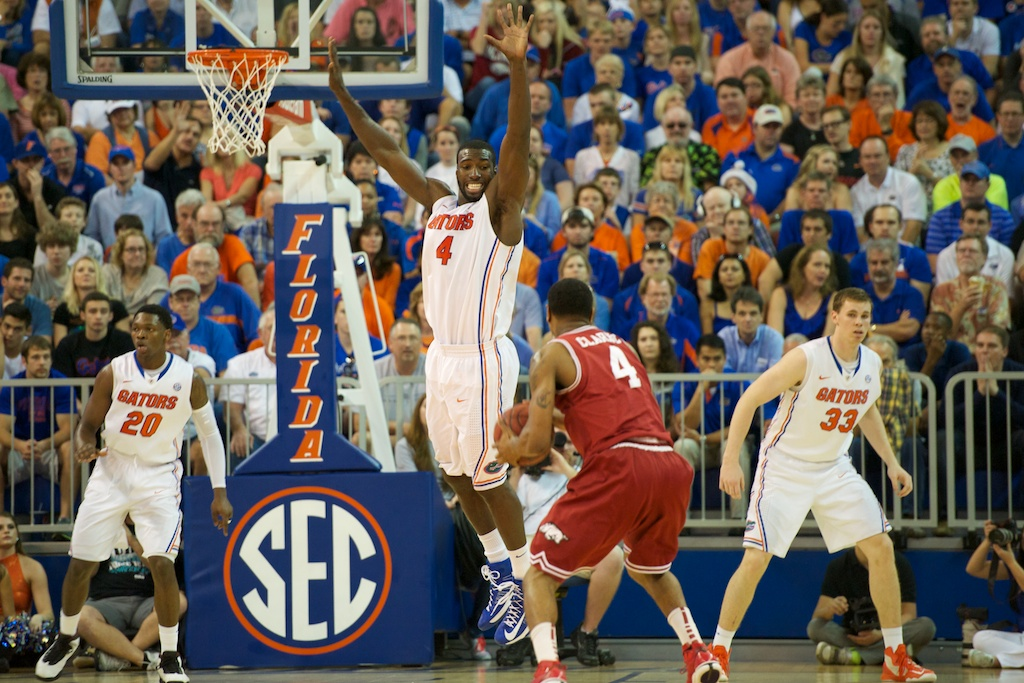 Patric Young (4) plays defense against Arkansas Saturday night.