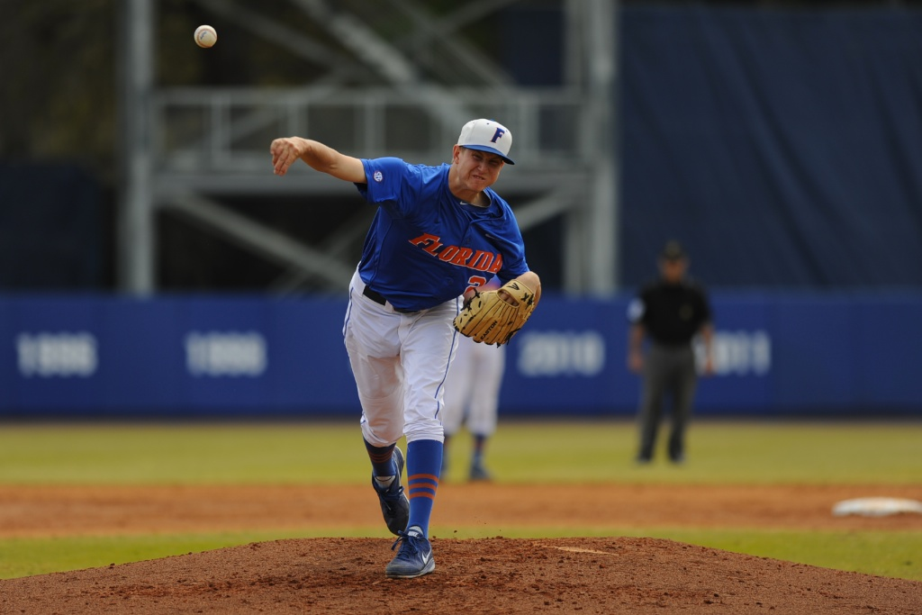 Florida pitcher Eric Hanhold (25)