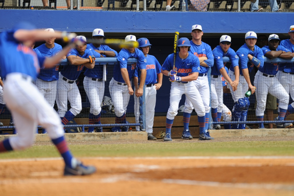 Zack Powers (5) gets ready to bat in Sunday's game against the Kentucky Wildcats.