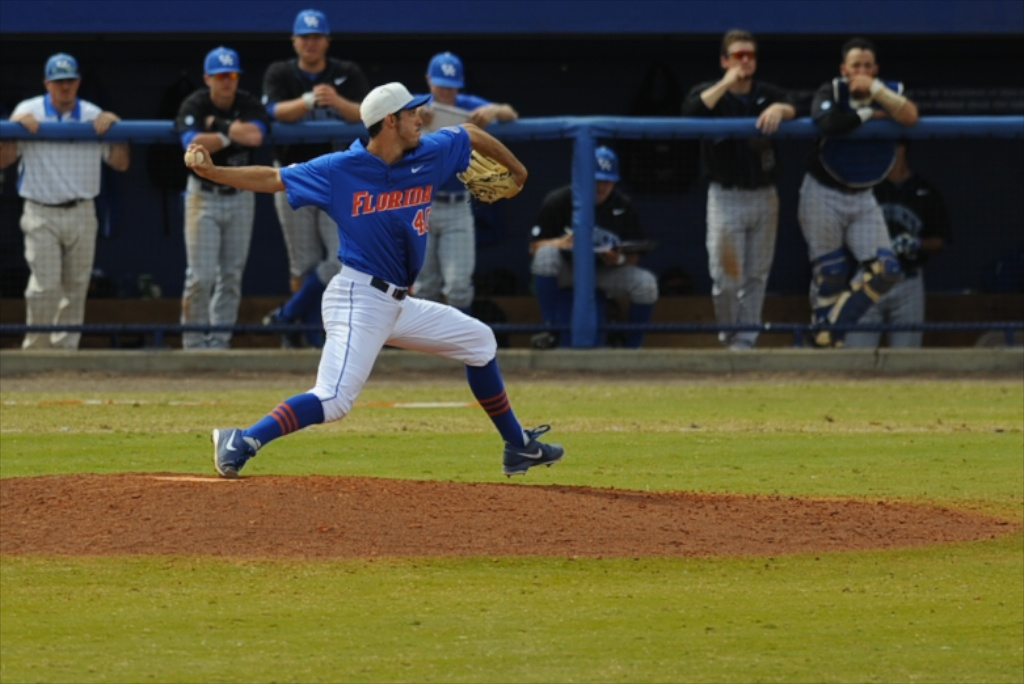 Mike Vinson (40) was the third pitcher for Florida to play in Sunday's game against the Kentucky Wildcats.