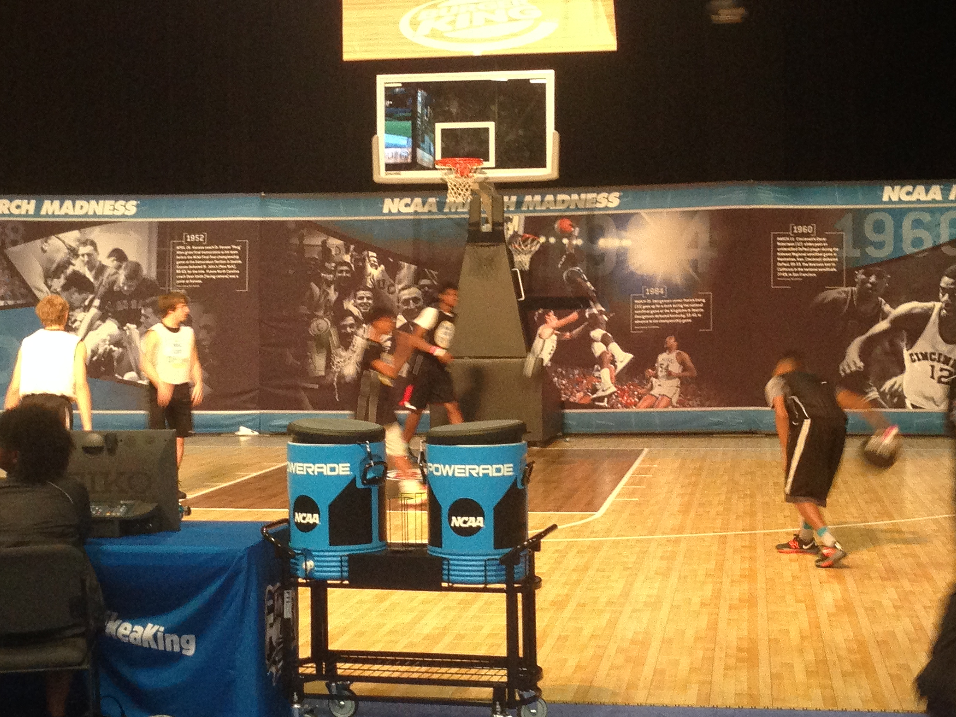 Fans got to play in 3-on-3 tournaments to show off their skills.