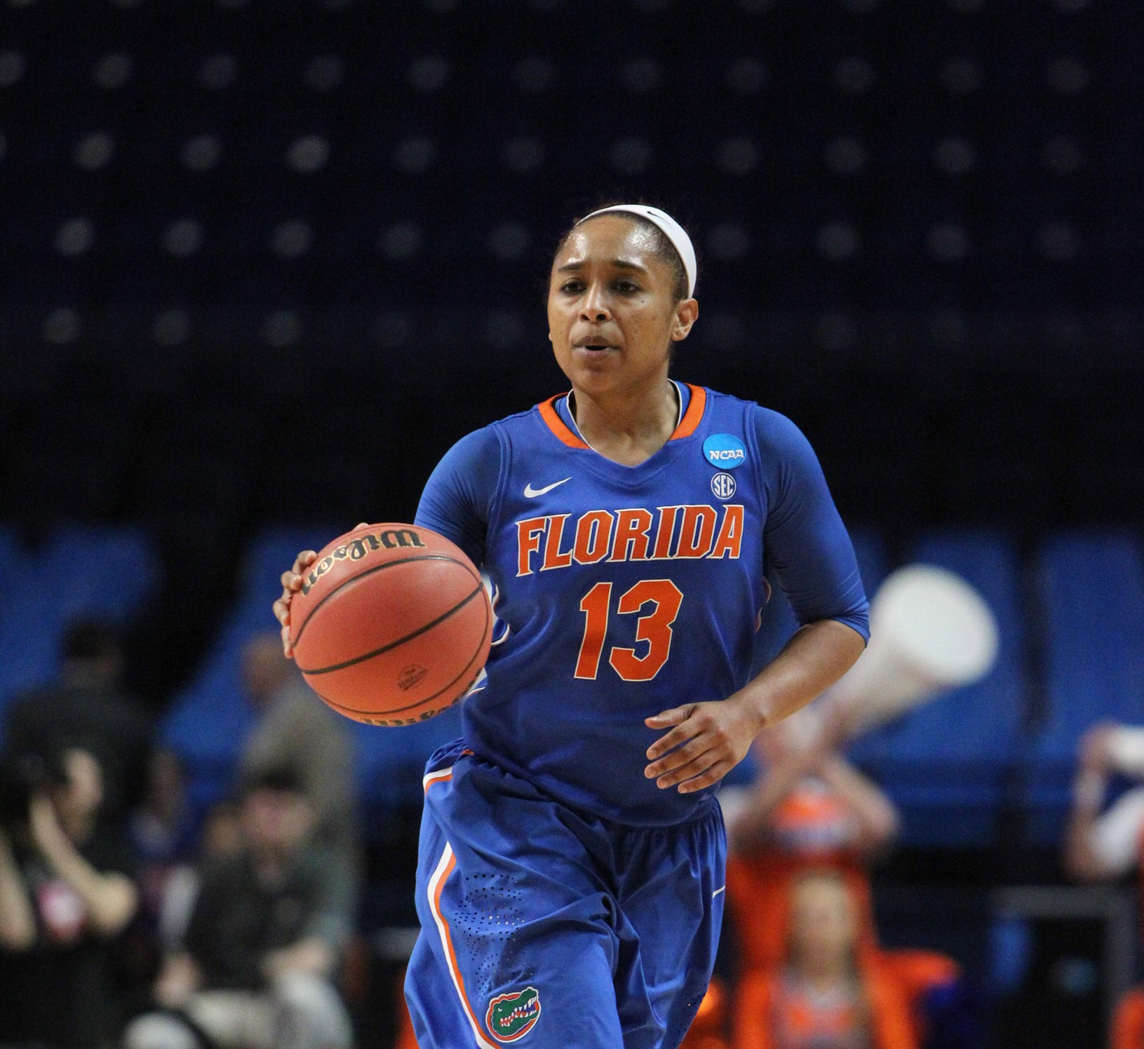 Gator Women's Basketball Team Loses To Temple In A Close ...
