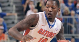 Florida Gators forward Dorian Finney-Smith (10)