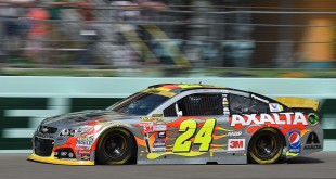 Nov 20, 2015; Homestead, FL, USA; Sprint Cup Series driver Jeff Gordon (24) during practice for the Ford Ecoboost 400 at Homestead-Miami Speedway. Mandatory Credit: Jasen Vinlove-USA TODAY Sports