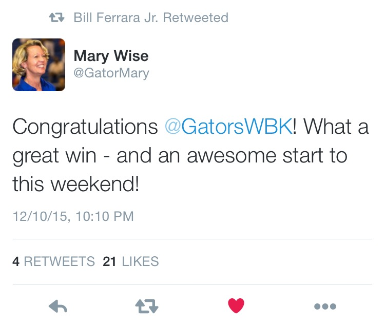 Gator Volleyball head coach, Mary Wise, congratulating the team. via Twiter @GatorMary @GatorsWBK