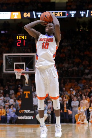 Jan 6, 2016; Knoxville, TN, USA; Florida Gators forward Dorian Finney-Smith (10) shoots the ball against the Tennessee Volunteers during the second half at Thompson-Boling Arena. Tennessee won 83 to 69. Mandatory Credit: Randy Sartin-USA TODAY Sports