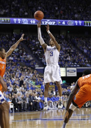 Feb 6, 2016; Lexington, KY, USA; Kentucky Wildcats guard Tyler Ulis (3) shoots the ball against the Florida Gators in the first half at Rupp Arena. Mandatory Credit: Mark Zerof-USA TODAY Sports