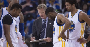 March 27, 2016; Oakland, CA, USA; Golden State Warriors head coach Steve Kerr instructs his team against the Philadelphia 76ers during the fourth quarter at Oracle Arena. The Warriors defeated the 76ers 117-105. Mandatory Credit: Kyle Terada-USA TODAY Sports