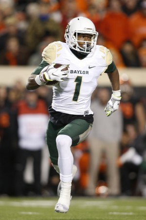 Nov 21, 2015; Stillwater, OK, USA; Baylor Bears wide receiver Corey Coleman (1) runs the ball in the second quarter against the Oklahoma State Cowboys at Boone Pickens Stadium. Mandatory Credit: Tim Heitman-USA TODAY Sports