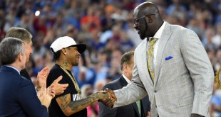 Apr 4, 2016; Houston, TX, USA; Shaquille O'Neal shakes hands with Allen Iverson as they are introduced at halftime of the championship game of the 2016 NCAA Men's Final Four after being inducted into the basketball hall of fame at NRG Stadium. Mandatory Credit: Robert Deutsch-USA TODAY Sports