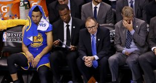 May 22, 2016; Oklahoma City, OK, USA; Golden State Warriors guard Stephen Curry (30) and head coach Steve Kerr (far right) react on the bench during the second half against the Oklahoma City Thunder in game three of the Western conference finals of the NBA Playoffs at Chesapeake Energy Arena. Mandatory Credit: Kevin Jairaj-USA TODAY Sports