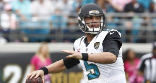 Oct 18, 2015; Jacksonville, FL, USA; Jacksonville Jaguars quarterback Blake Bortles (5) drops to throw a pass during the first quarter of a football gameagainst the Houston Texans at EverBank Field. Mandatory Credit: Reinhold Matay-USA TODAY Sports