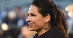 Oct 28, 2015; Kansas City, MO, USA; ESPN analyst Jessica Mendoza on the field before game two of the 2015 World Series between the Kansas City Royals and the New York Mets at Kauffman Stadium. Mandatory Credit: John Rieger-USA TODAY Sports