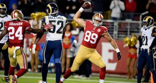 Sep 12, 2016; Santa Clara, CA, USA; San Francisco 49ers tight end Vance McDonald (89) celebrates scoring a touchdown against the Los Angeles Rams during the second half of an NFL game at Levi's Stadium. Mandatory Credit: Kirby Lee-USA TODAY Sports