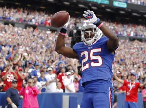 LeSean McCoy (25) celebrates after scoring a touchdown against The 49ers --Kevin Hoffman-USA TODAY