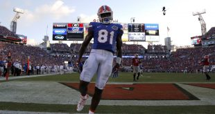 Jacksonville, FL, USA; Florida Gators wide receiver Antonio Callaway (81) celebrates after he ran the ball in for a touchdown against the Georgia Bulldogs during the second half at EverBank Field. Florida Gators defeated the Georgia Bulldogs 24-10. Mandatory Credit: Kim Klement-USA TODAY Sports