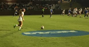 Florida midfielder Mayra Pelayo takes a free kick during a 3-0 win over FGCU. Credit: Nicole Thompson