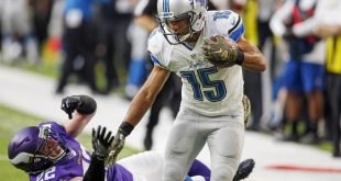 Nov 6, 2016; Minneapolis, MN, USA; Detroit Lions wide receiver Golden Tate (15) beats Minnesota Vikings free safety Harrison Smith (22) and scores a touchdown to win the game at U.S. Bank Stadium. The Lions won 22-16 in overtime. Mandatory Credit: Bruce Kluckhohn-USA TODAY Sports