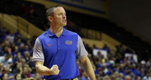 Nov 24, 2016; Kissimmee, FL, USA; Florida Gators head coach Mike White calls a play against the Seton Hall Pirates during the first half at HP Field House. Mandatory Credit: Kim Klement-USA TODAY Sports