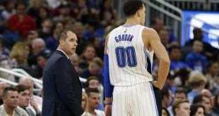 Jan 6, 2017; Orlando, FL, USA; Orlando Magic head coach Frank Vogel talks with Orlando Magic forward Aaron Gordon (00) during the second quarter at Amway Center. Mandatory Credit: Kim Klement-USA TODAY Sports
