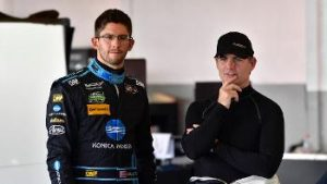 Gordon (right), readies himself for the Rolex 24 on Saturday.