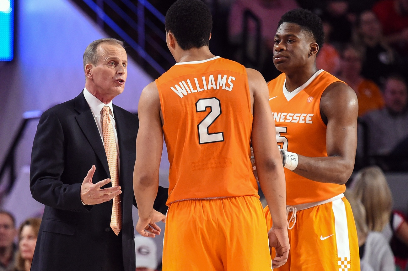 Tennessee Vols look to bounce back in basketball matchup ...