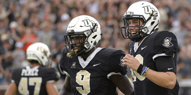 CFB Preview  Florida Atlantic faces  16 UCF on Friday Primetime ... 35175a2f2