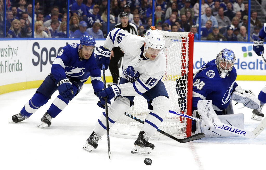 ec10d467a03 Tampa Bay Lightning strikes first