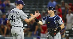 Rays win, retain AL Wild Card lead