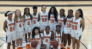 Hawthorne Girls Basketball
